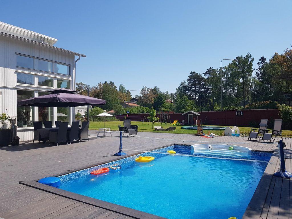 Residencia de 200 m² en Ågesta/farsta
