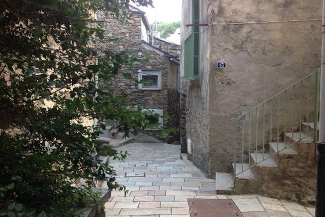 BASTIA (Cardo village)