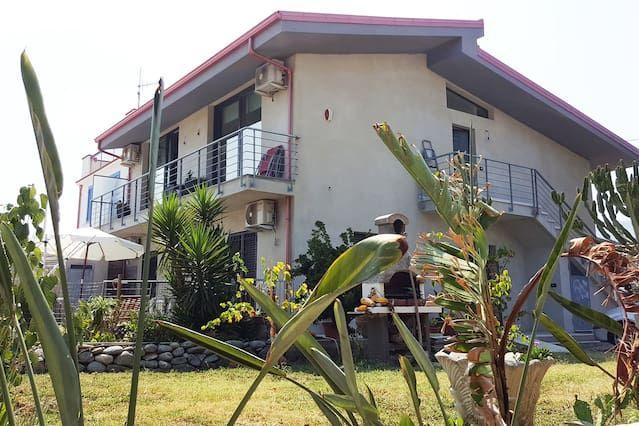 Atractiva casa en Gasperina
