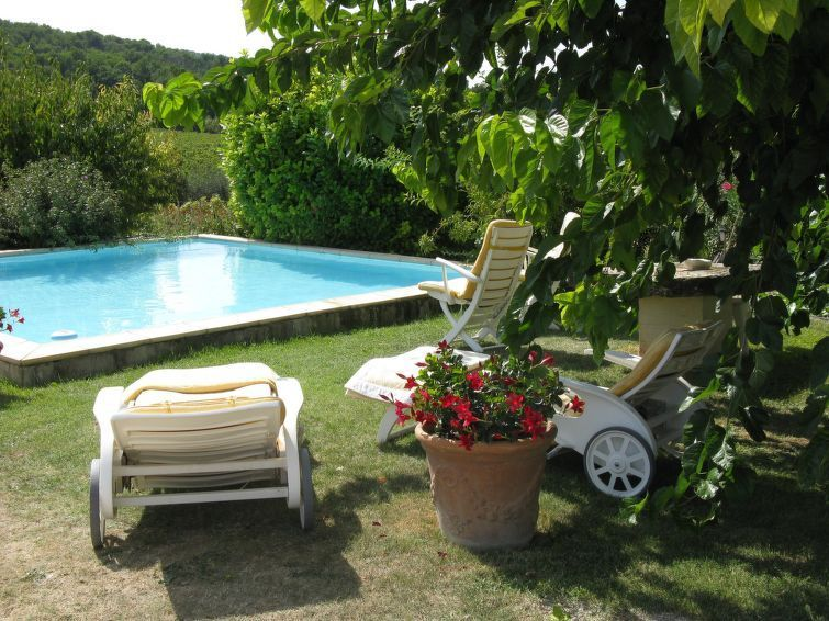 Logement avec jardin à Saint-roman-de-malegarde