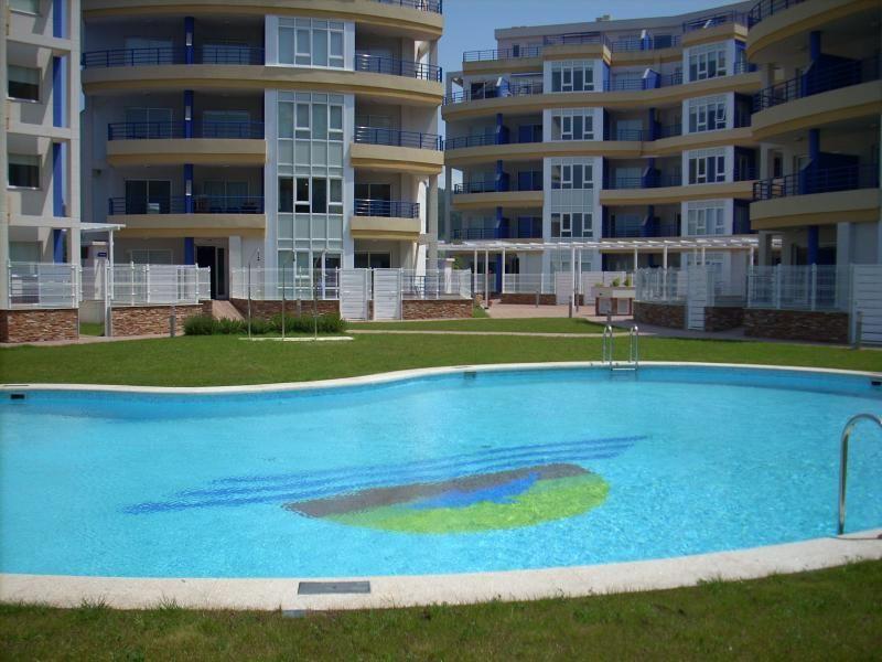 Con vistas vivienda con balcón