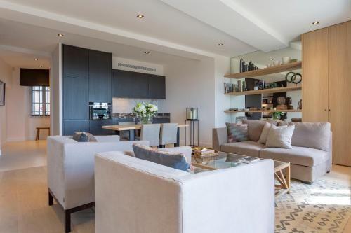Vivienda de 6 habitaciones con parking incluído