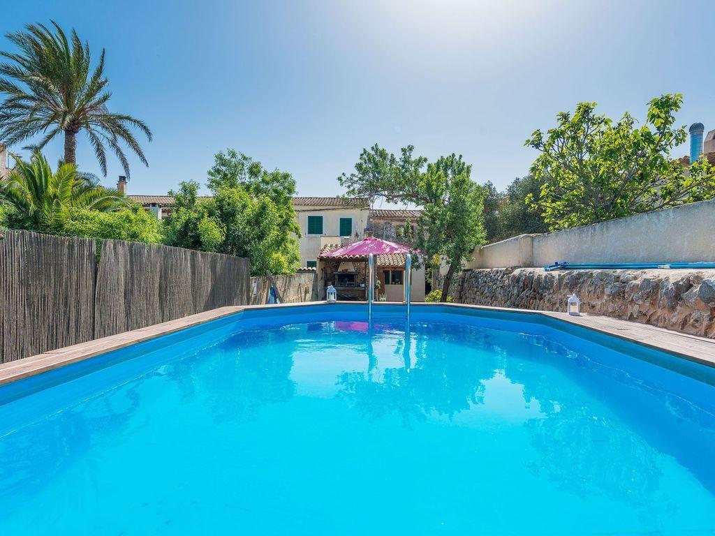 Alojamiento dotado con piscina