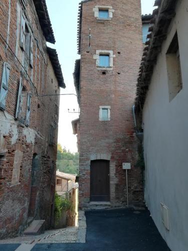Vivienda con balcón en Gaillac
