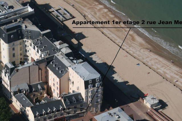 Provisto apartamento para 4 huéspedes