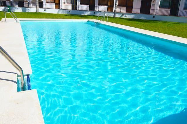 Apartamento de 2 habitaciones con piscina