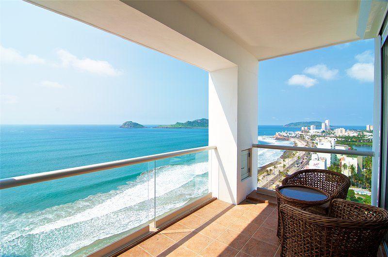 Beachfront Condo - Horizon Sky 1501