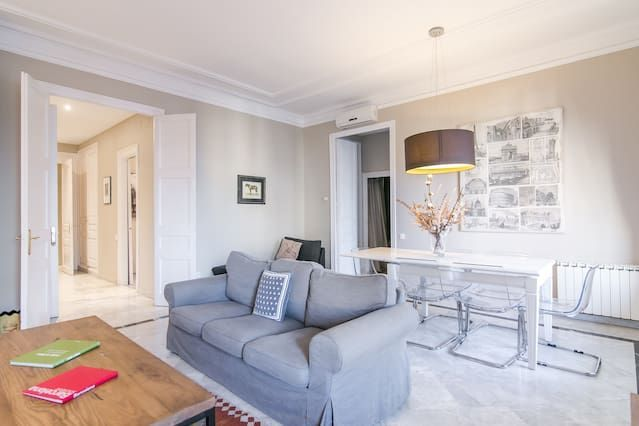 Apartamento Superior de tres dormitorios con terraza