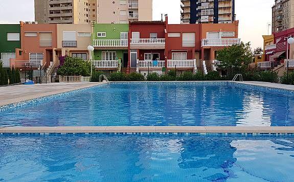 Vivienda para 4 personas con piscina