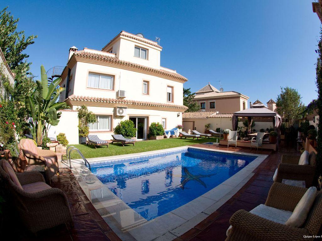 Alojamiento en San pedro alcántara (marbella) de 7 habitaciones