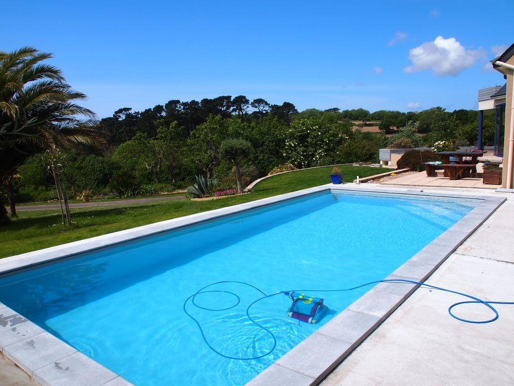 Vivienda con piscina en Plougonvelin