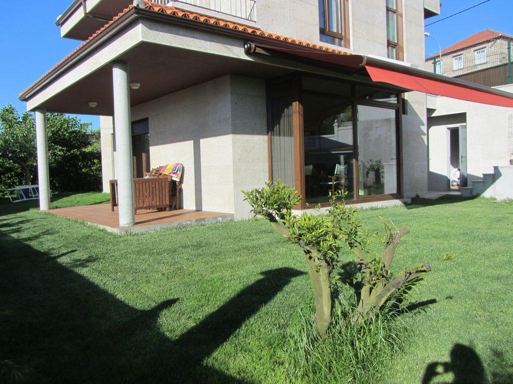 Casa de 250 m² en Dorrón