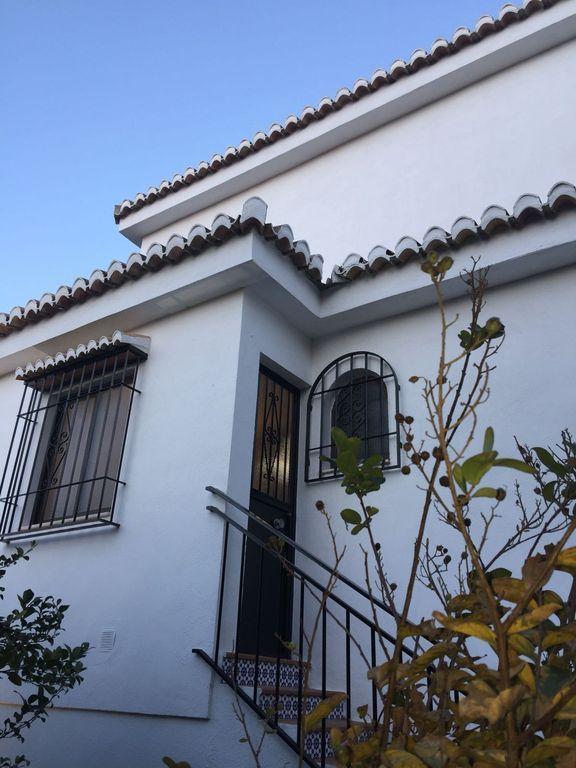 Residencia para 10 huéspedes en La zubia