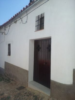 Casa interesante en Linares de la sierra