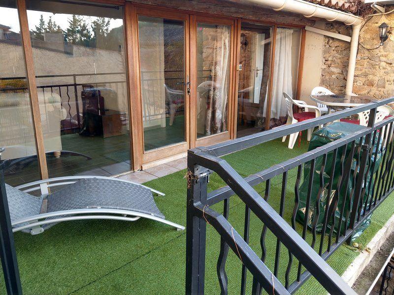 Ferienunterkunft für 4 Personen mit Balkon
