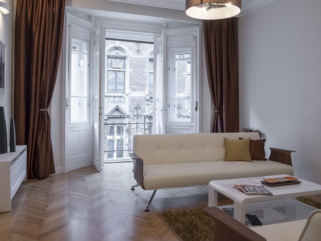 Appartamento corredato di 2 camere