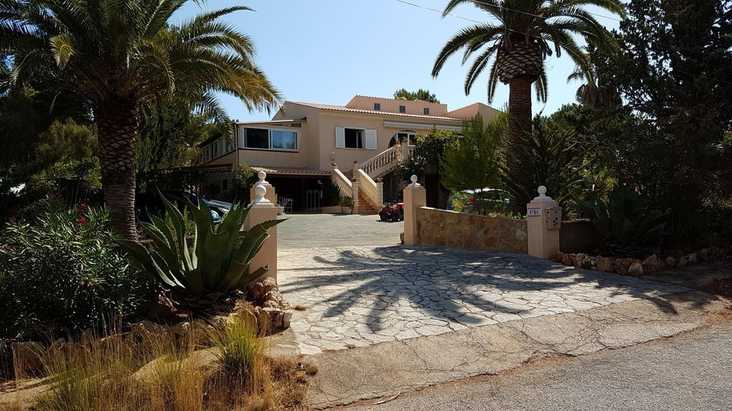 50 m² property for 4 people