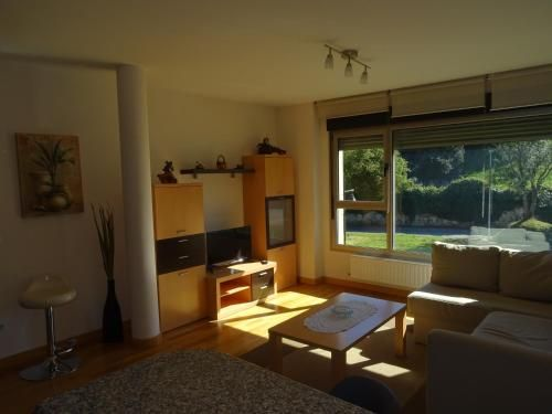 Apartment with parking included in Llanes