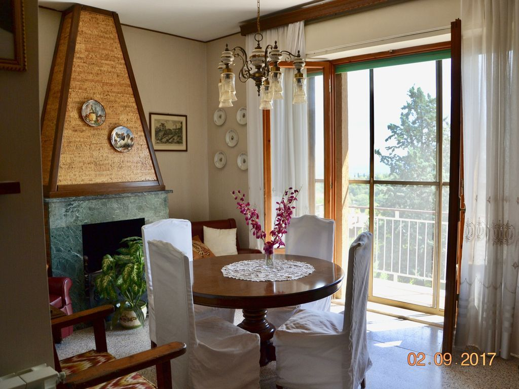 Appartamento con balcone per 6 ospiti