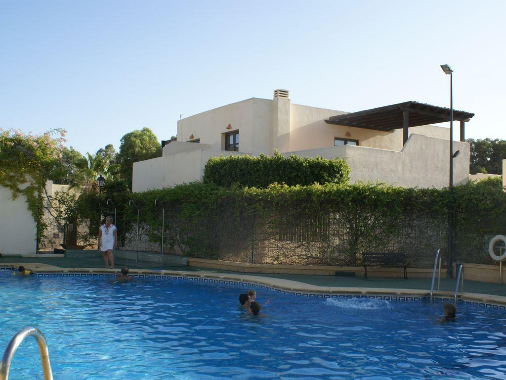 Vivienda con piscina en San jose  / nijar / almeria