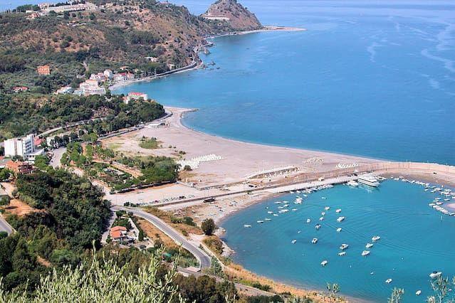 Ferienunterkunft in Capo d'orlando mit Wi-Fi