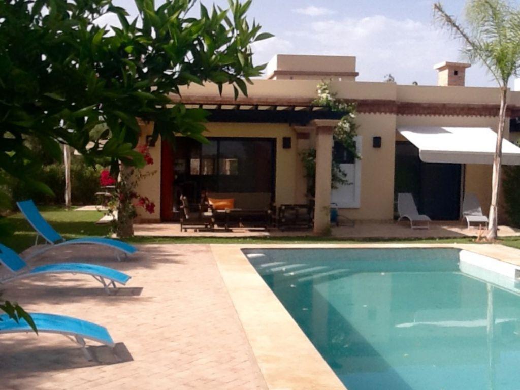 Alojamiento para 5 personas con piscina