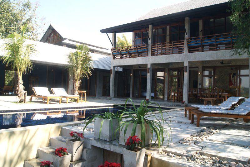 Casa de 6 habitaciones con piscina
