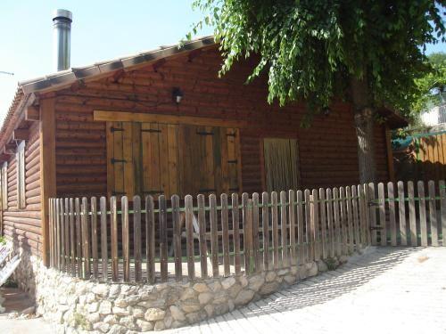 Casa con balcón en Burunchel