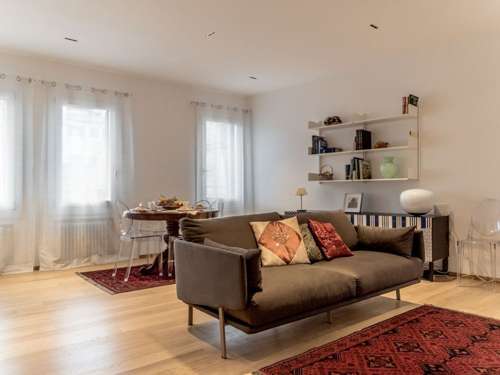 Fantastic holiday rental in Venice for 4