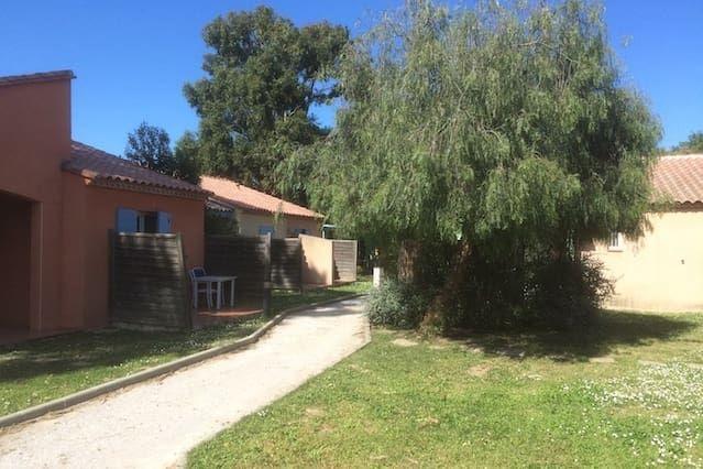 Villa à Argelès, dans parc arboré,