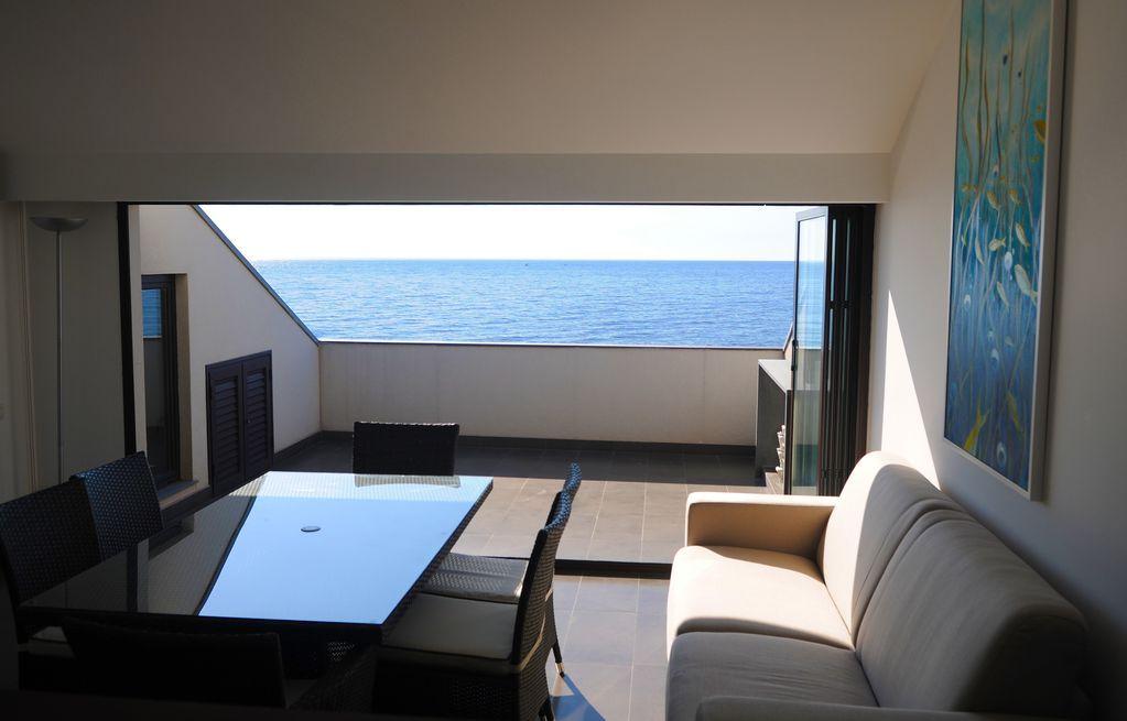 Piso de 80 m² de 8 habitaciones
