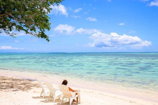 Fare Tiki - beachfront house - TIS