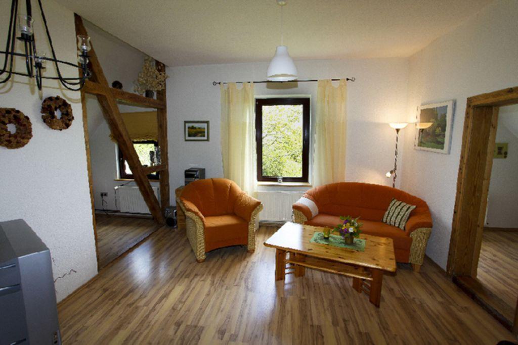 Wohnung in Ahrenshagen-daskow mit Garten