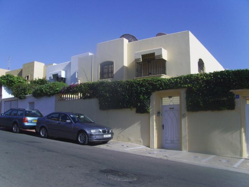 4 bedroom luxurious Villa, Agadir Ref: 1081