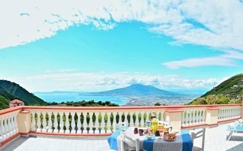 Casa con terraza y fabulosas vistas del mar!