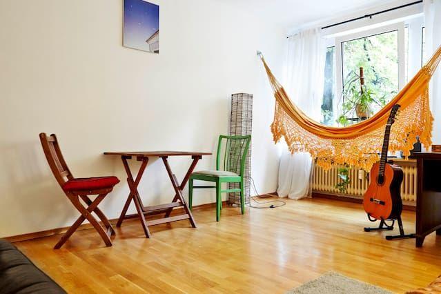 Clean&Quiet&Central/2 Rooms/Balkon