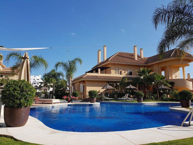 Aloha Hill Club, Nueva Andalucia, Marbella