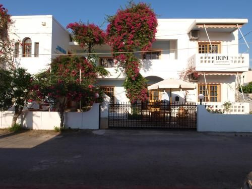 Property in Plataniás with 8 rooms