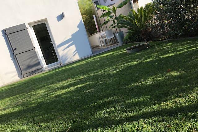 Nuevo estudio Arcangues Limitar / Anglet / Biarritz con jardín privado y patio