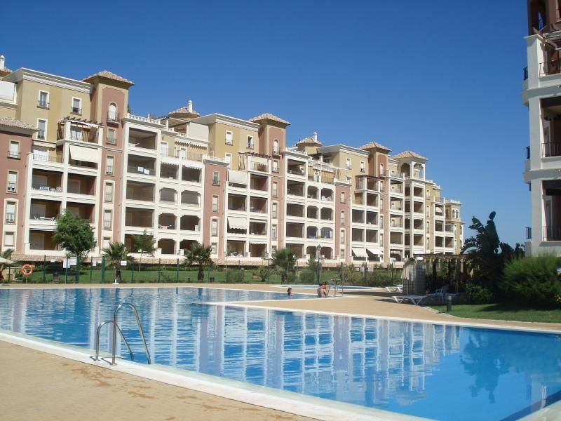 Lujoso apartamento Canela Park,  3 dormitorios ***