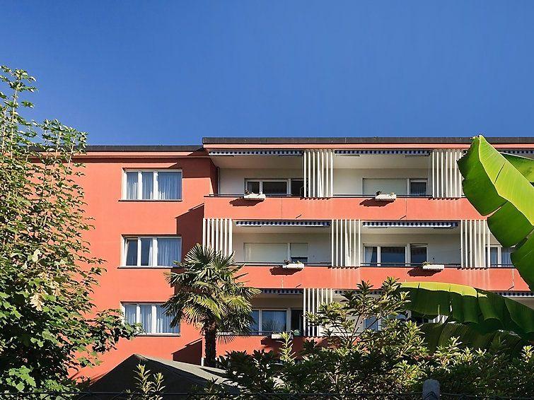 Casa panorámica con balcón