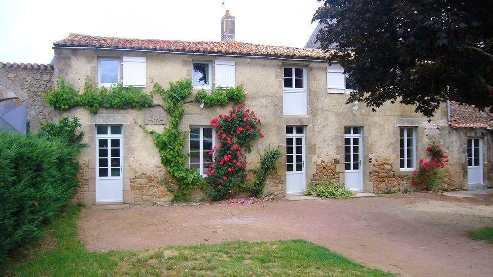 Alojamiento de 3 habitaciones en Maulévrier