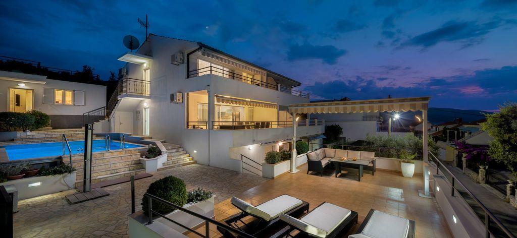 Residencia equipada de 160 m²