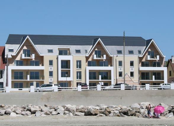 El T2-CROTOY Baie-SUM-nuevo apartamento con vistas al mar