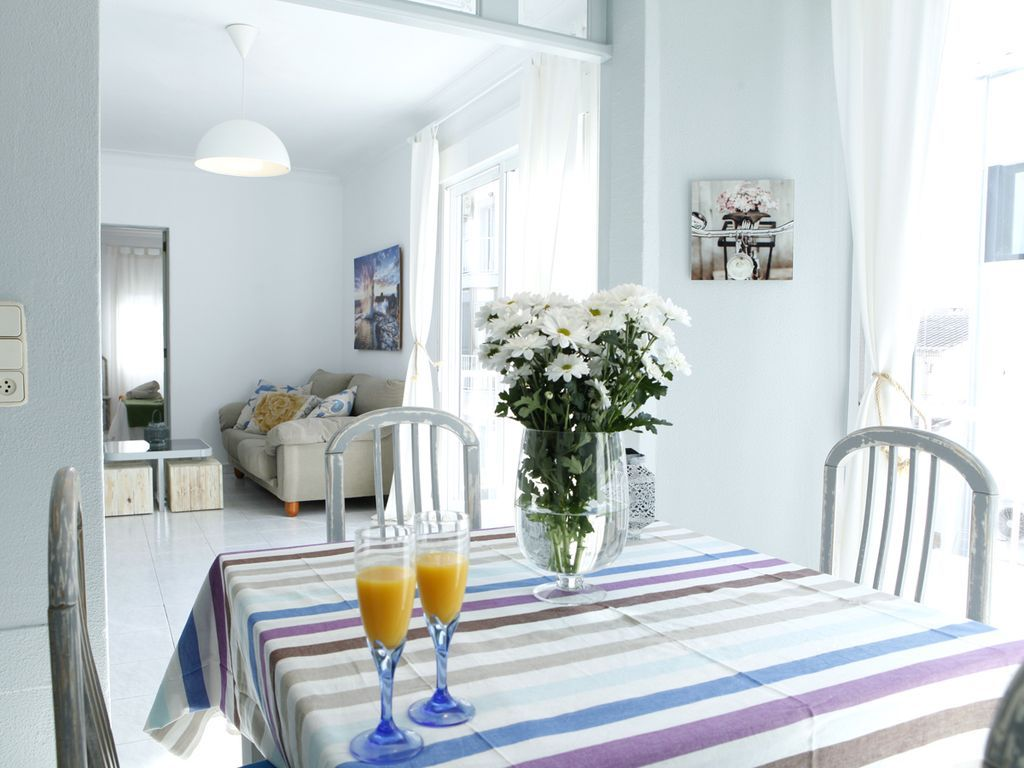 100 m² property for 4 people