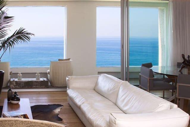 Panorámico piso con balcón
