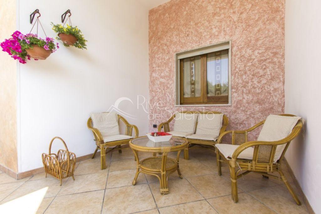 Gran casa de vacaciones en 100 m de la playa de arena de San Foca en Salento