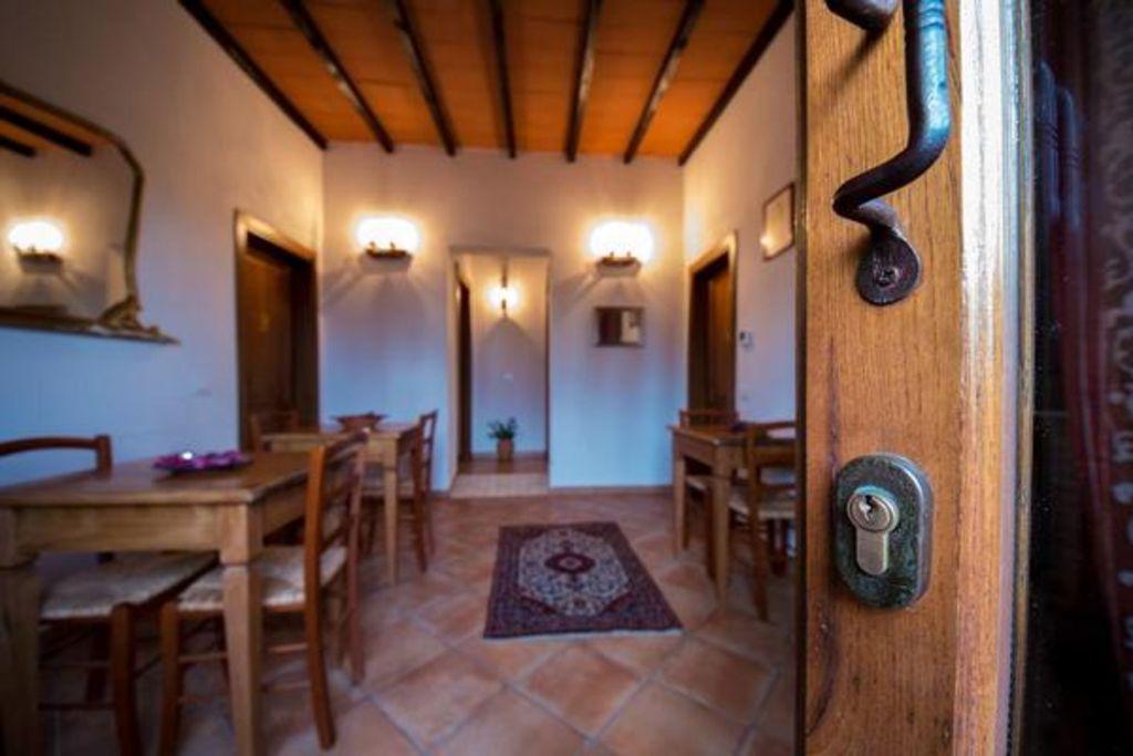 Residencia para 7 huéspedes de 4 habitaciones