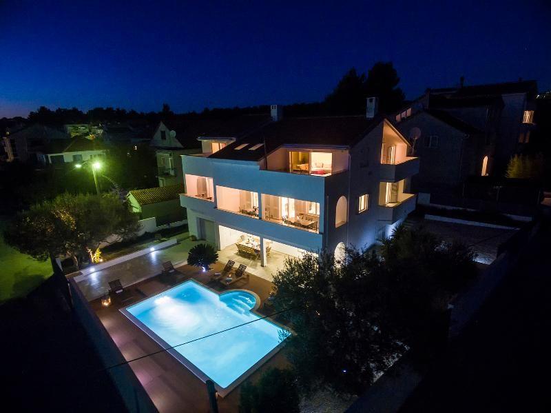 Residencia con piscina en Zadar