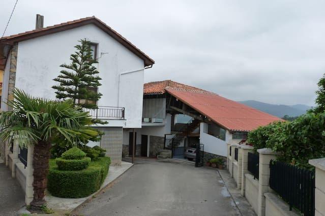 Alojamiento de 3 habitaciones en Pravia
